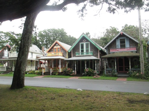 Gingerbread cottages in Oak Bluffs, Martha's Vineyard on carpoolcandy.com