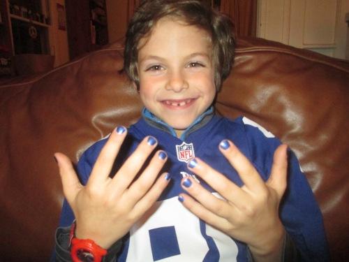 boy wearing nail polish on carpoolcandy.com