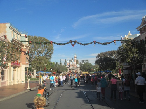 Disneyland in November on carpoolcandy.com