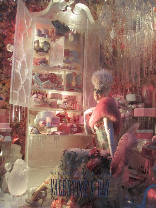 Bergdorf Goodman holiday windows 2013 on carpoolcandy.com