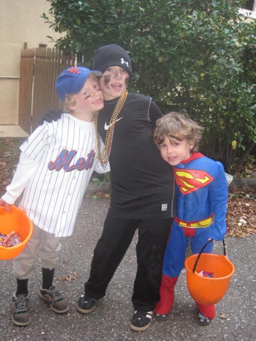 Lame Halloween costumes on carpoolcandy.com