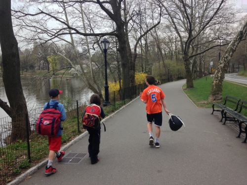 kids walking in central park nyc on carpoolcandy.com