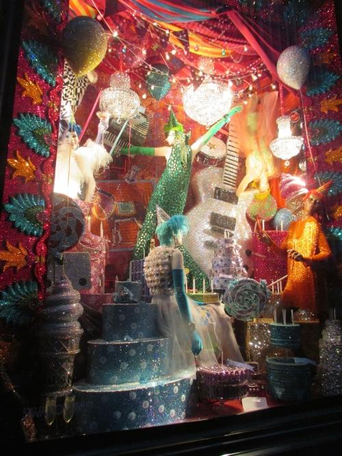 Bergdorf Goodman holiday windows on carpoolcandy.com