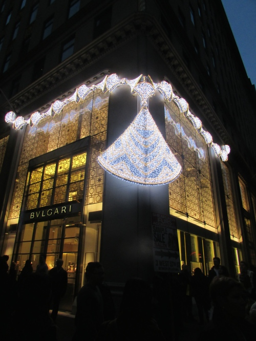 Bulgari holiday windows on carpoolcandy.com
