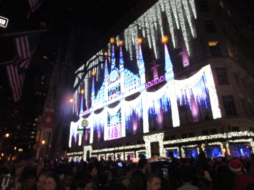 Saks holiday windows on carpoolcandy.com
