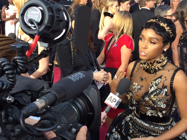 Janelle Monae oscars red carpet 2017